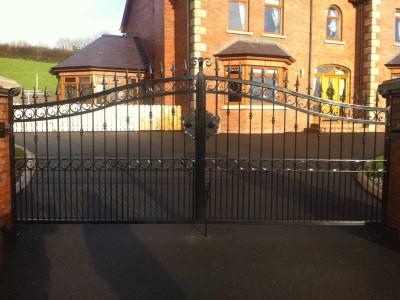 double driveway gates