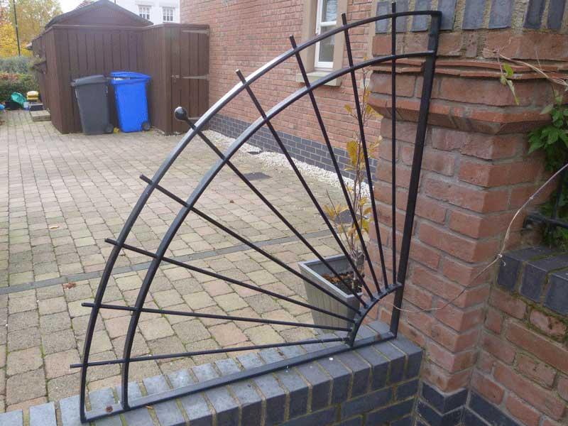Garden railings northern ireland bam fabrications for Garden separator