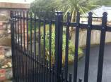 farm-house-style-electric-gates